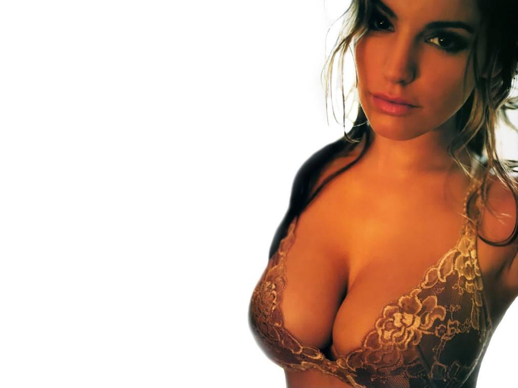Kelly Brook - Wallpaper Actress