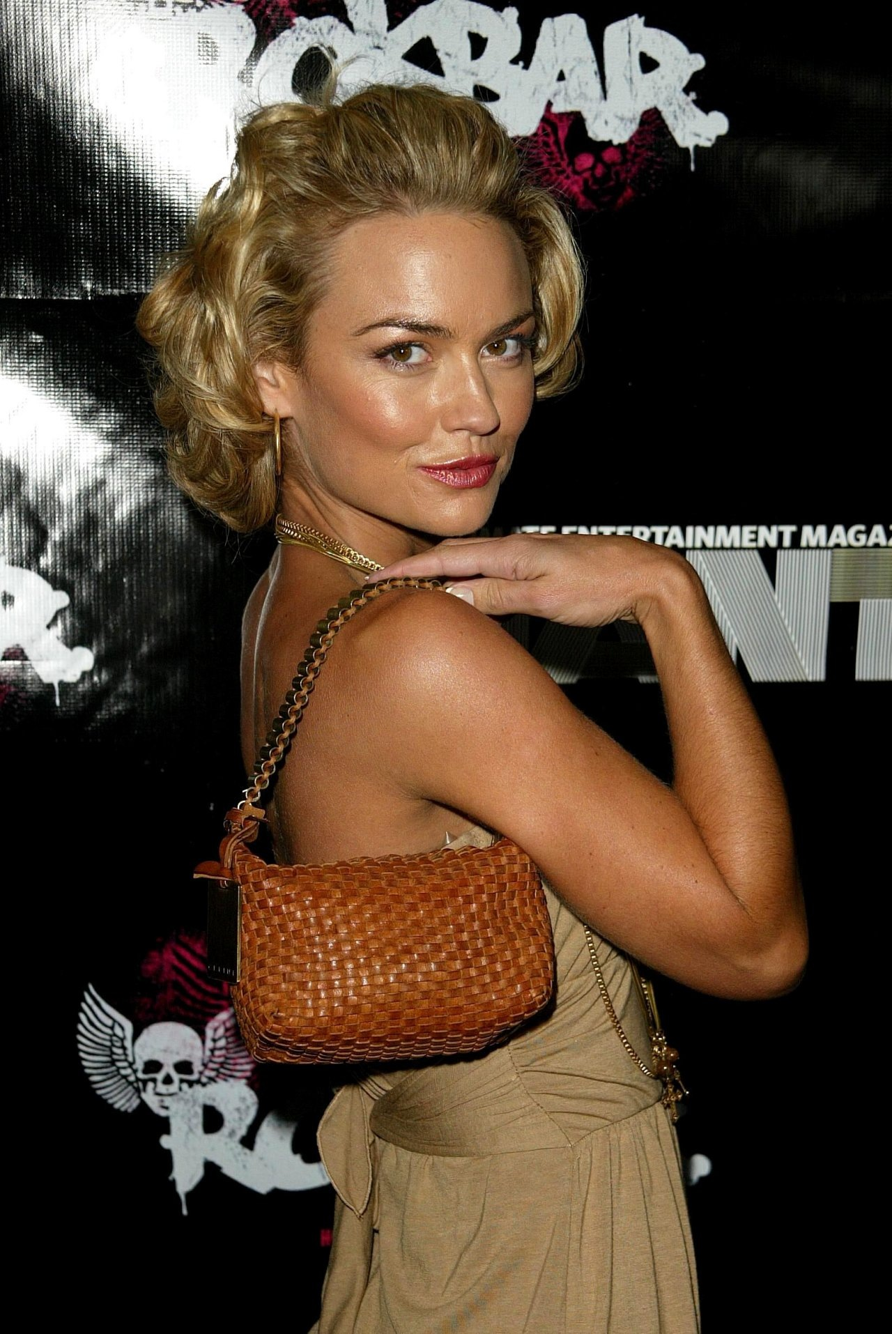 Kelly Carlson - Photo Set