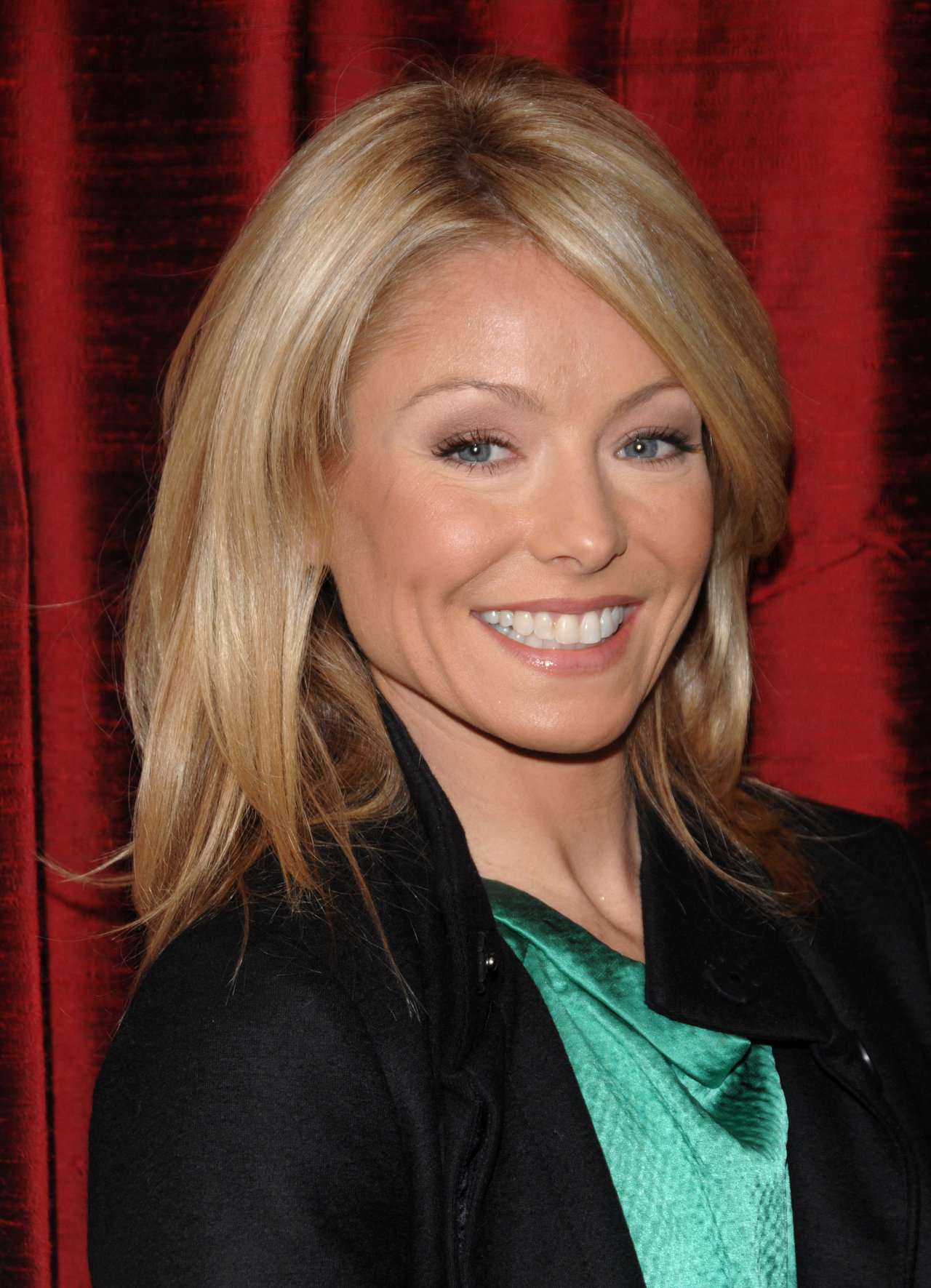 Kelly Ripa - Images Colection