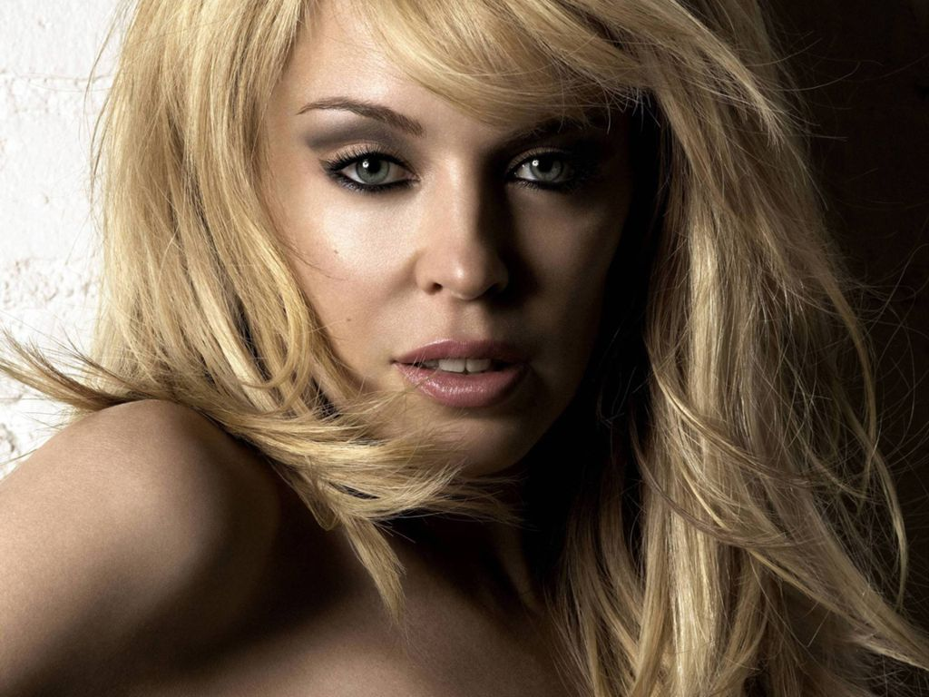 Kylie Minogue - Picture Hot